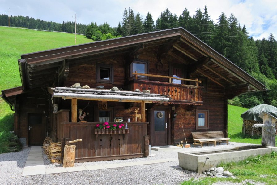 Simonhutte MHO640 Mayrhofen
