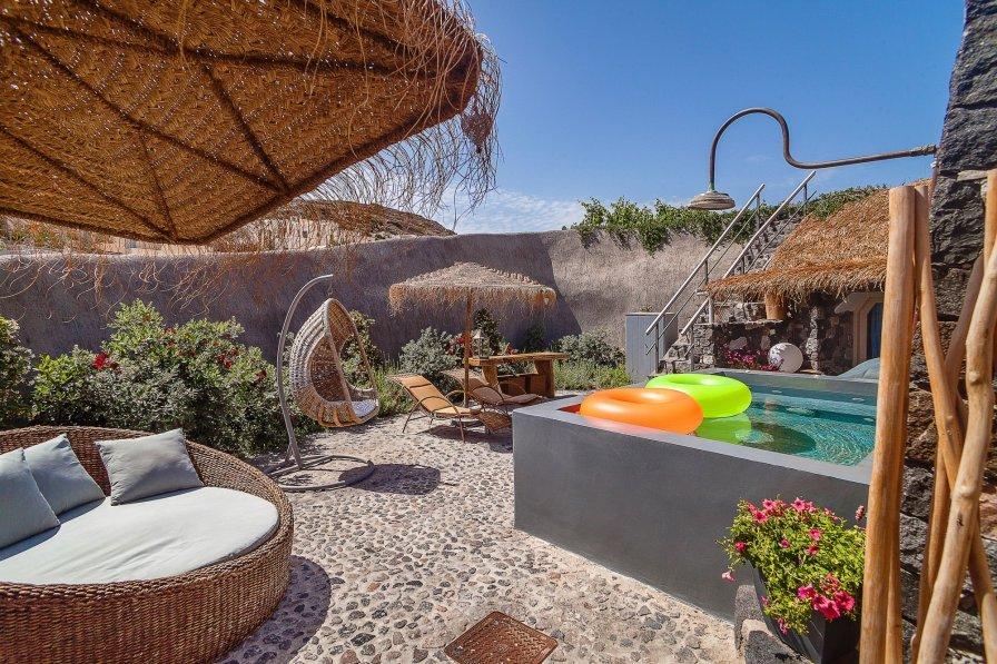 Holiday villa in Emporio, Greece