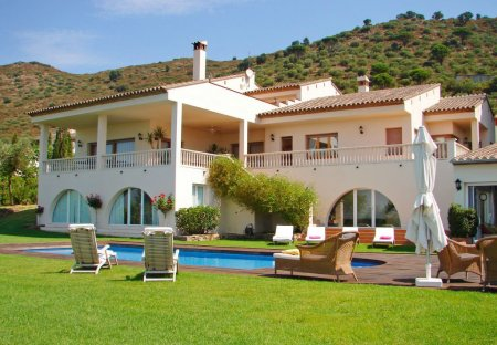 Villa in Els Olivars, Spain