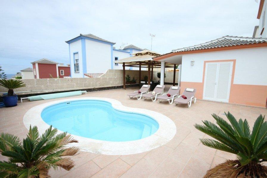 3-bedroom villa in Madroñal