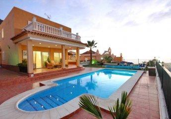 4 bedroom Villa for rent in Adeje, Tenerife