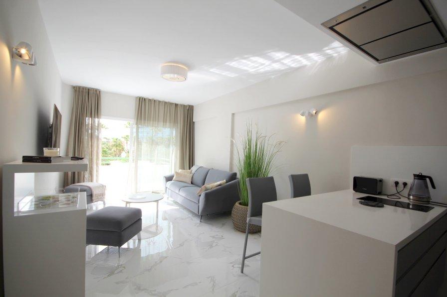 Modern apartment in El Duque, beachfront
