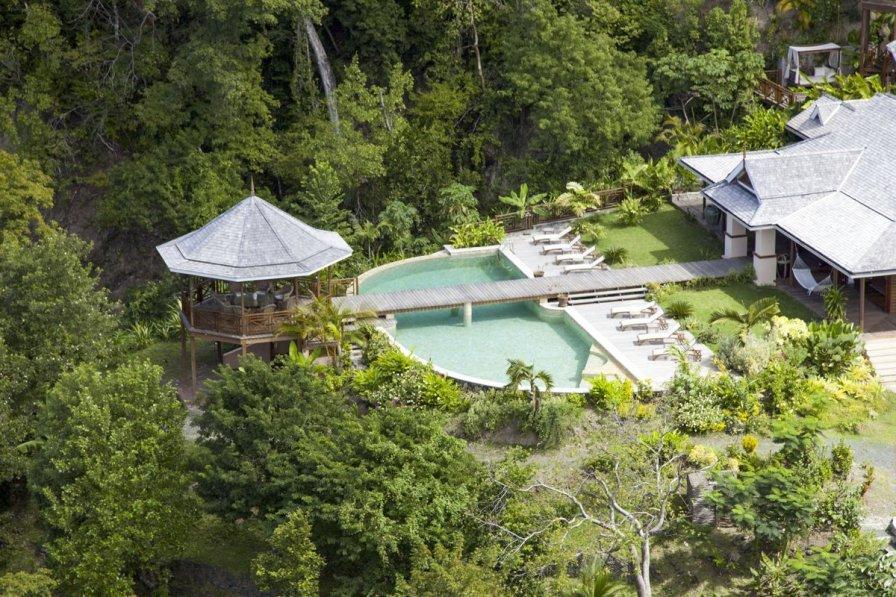 Owners abroad Ambarella Paradise