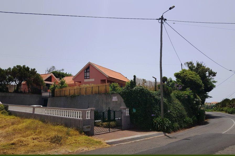 Cottage in Portugal, Pedregal