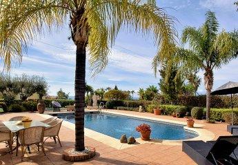 3 bedroom Villa for rent in Estepona