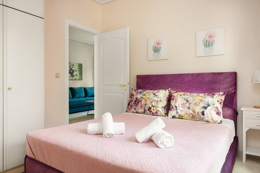 Joseph deluxe apartment near Corfu town II