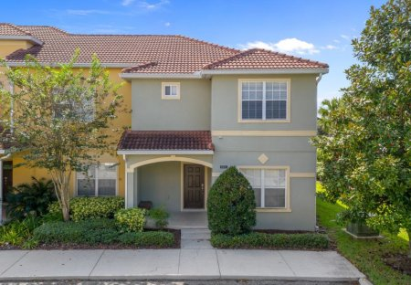 Town House in Paradise Palms Resort, Florida