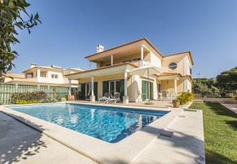 4 bedroom Villa for rent in Cascais