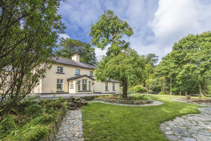 Owners abroad Connemara Country House