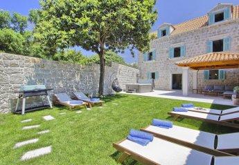 4 bedroom Villa for rent in Cavtat