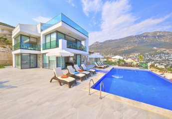 5 bedroom Villa for rent in Kalkan