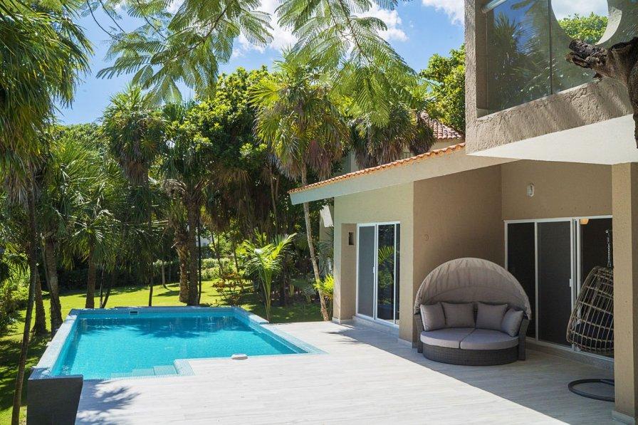 Casa Matuk 3 - CityCentre 3 BR villa w/Private Deck