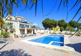 6 bedroom Villa for rent in Calpe