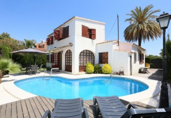 5 bedroom Villa for rent in Vilafortuny