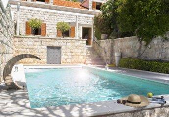 4 bedroom Villa for rent in Ploce