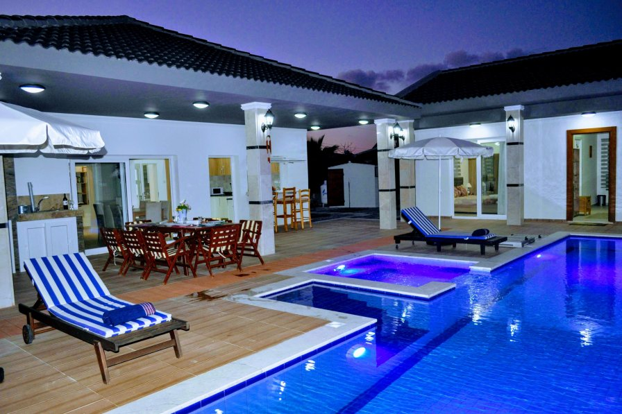 Villa To Rent In Girne Cyprus With Private Pool 293187