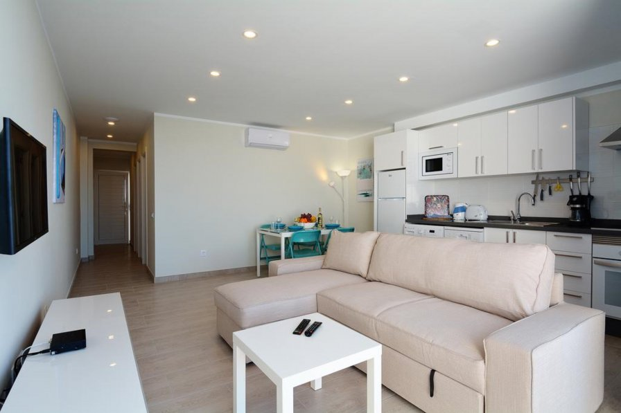 apartment to rent in puerto del carmen lanzarote with swimming pool 293243