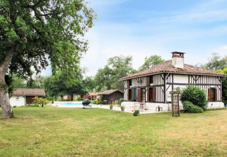 Villa in Vert, France