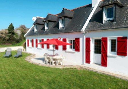 Villa in Peumerit, France