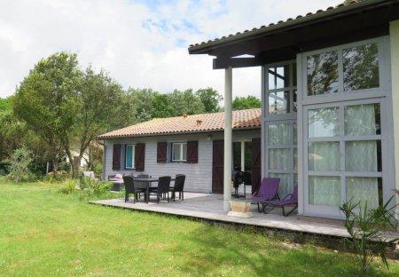 Villa in Naujac-sur-Mer, France