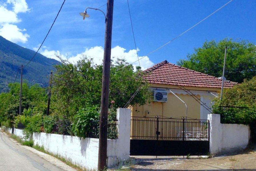 House in Greece, Elios Proni