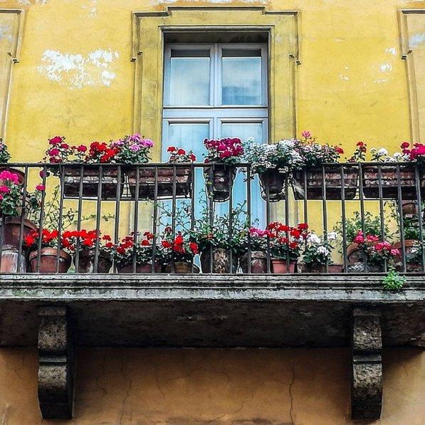Efficiency Apartment Rent: Studio Apartment To Rent In Trastevere, Italy