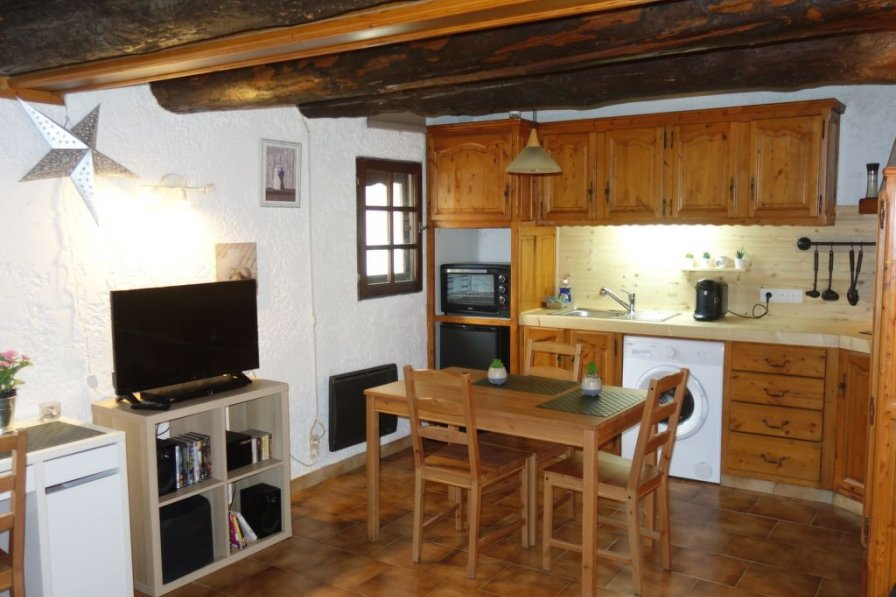 Studio apartment in France, Châteaurenard Nord