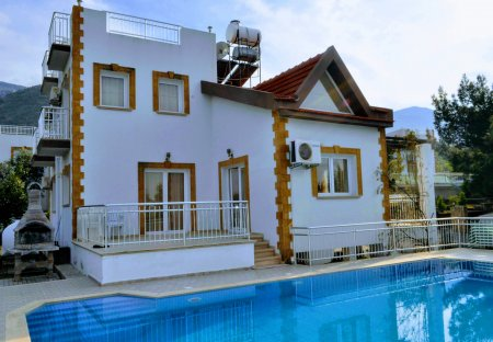Villa in Bellapais, Cyprus