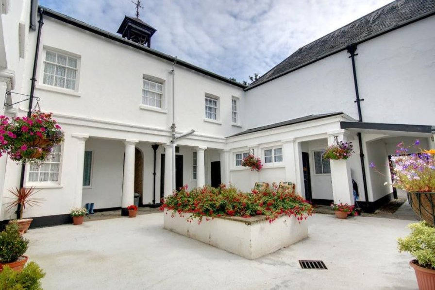 House in United Kingdom, Pilton West
