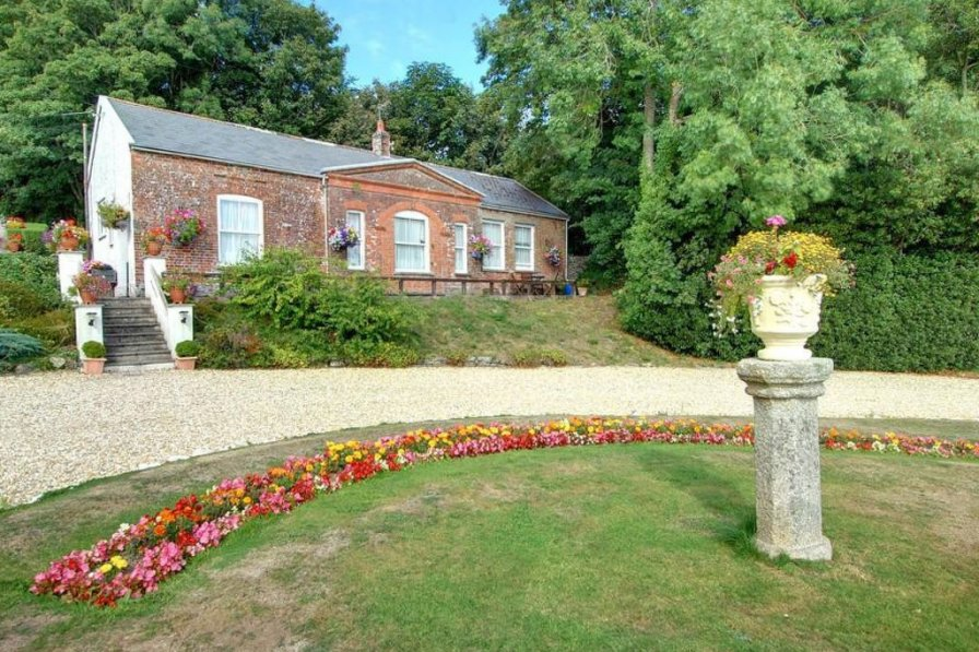 Cottage in United Kingdom, Pilton West
