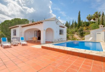 3 bedroom Villa for rent in Denia