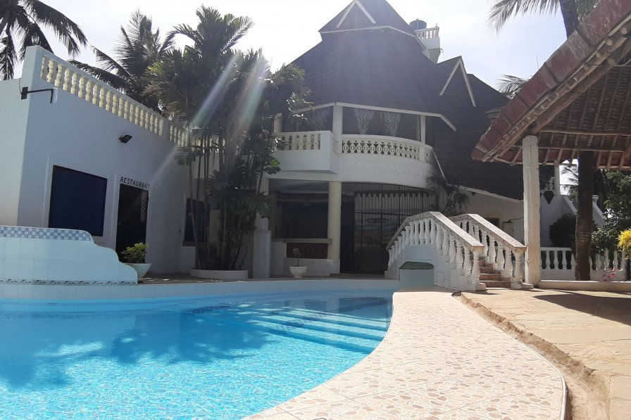 Cottage in Kenya, diani beach