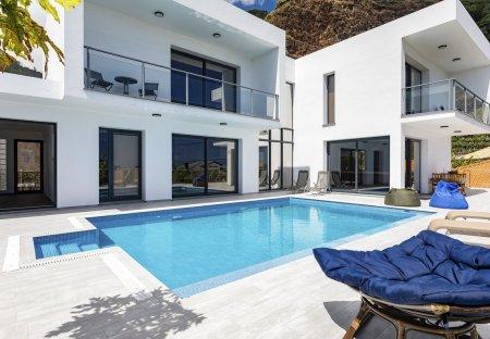 Villa in Vargem, Madeira