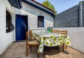 House in Brise Lame-Lazaret-Montbrun-Pignada, France