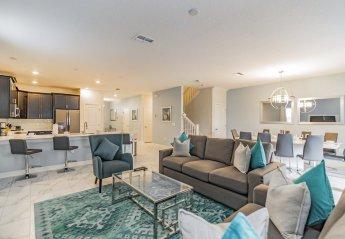 8 bedroom Villa for rent in Davenport