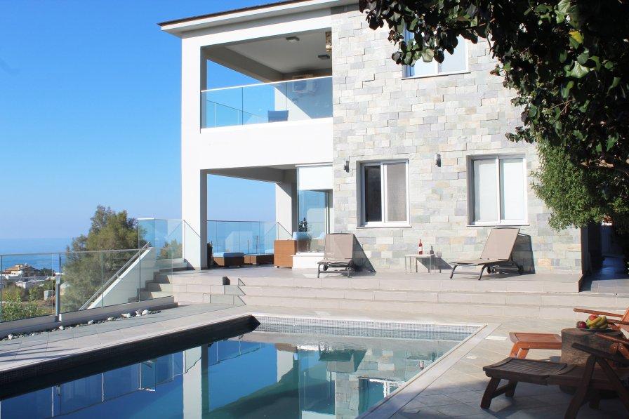 Villa in Cyprus, Pomos