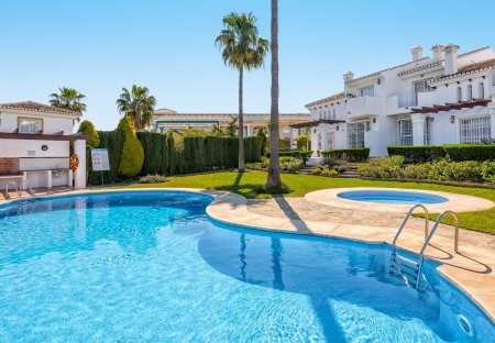 House in Miraflores golf, Spain