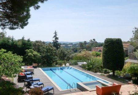 Apartment in Ramatuelle, the South of France