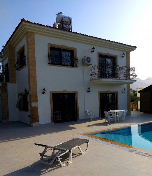 Villa in Cyprus, Alsancak
