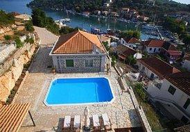 2 bedroom villa in lefkas