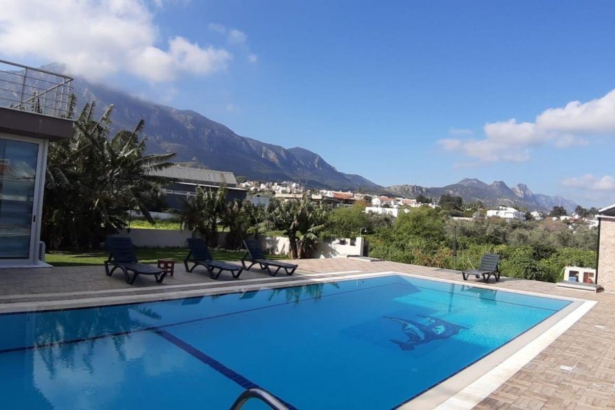 Villa To Rent In Ozankoy Cyprus With Private Pool 294947