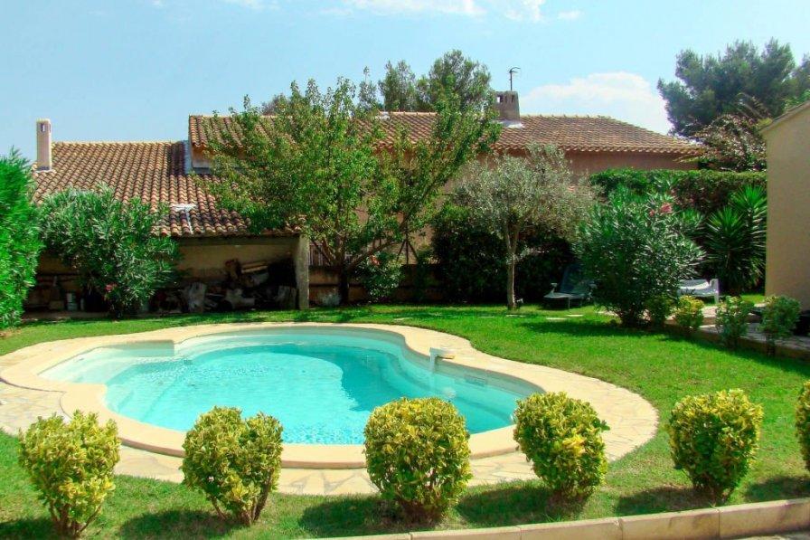 Ferienhaus mit Pool (SFP170)