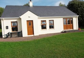 6 Portinode Cottages (with access to private berth & free wi-fi)