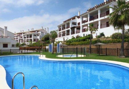 Apartment in La Alcaidesa, Spain