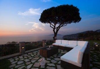 3 bedroom Chalet for rent in Sorrento, Campania