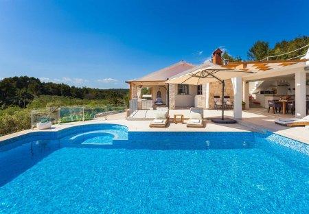 Villa in Uvala Gradina, Croatia