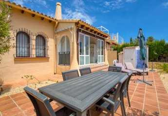 2 bedroom Villa for rent in Calpe