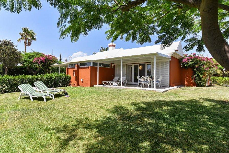 House in Spain, Campo Internacional