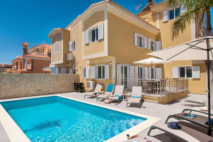 Villa in Spain, Sonneland