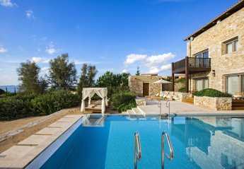 3 bedroom Villa for rent in Messinia